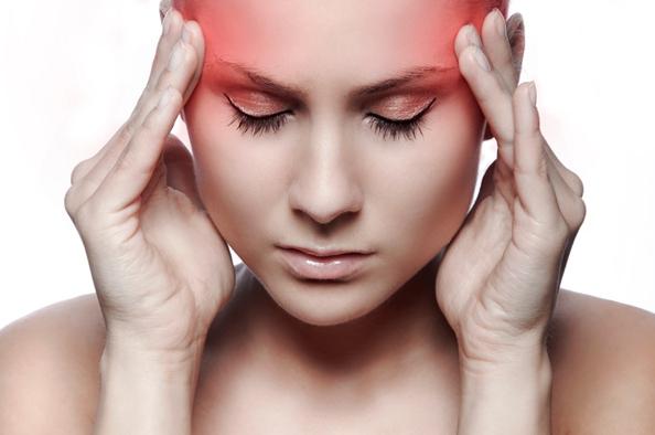 A tenziós fejfájás és tünetei