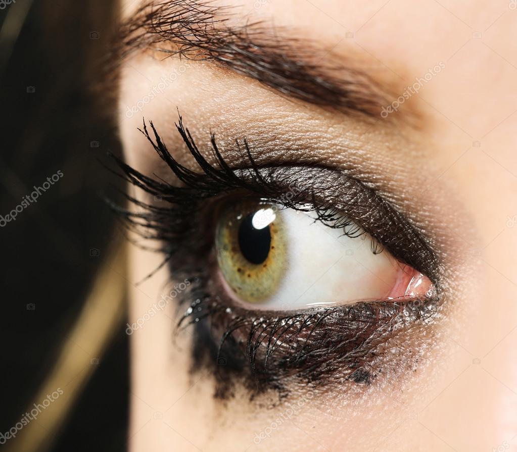 csepp a szemébe