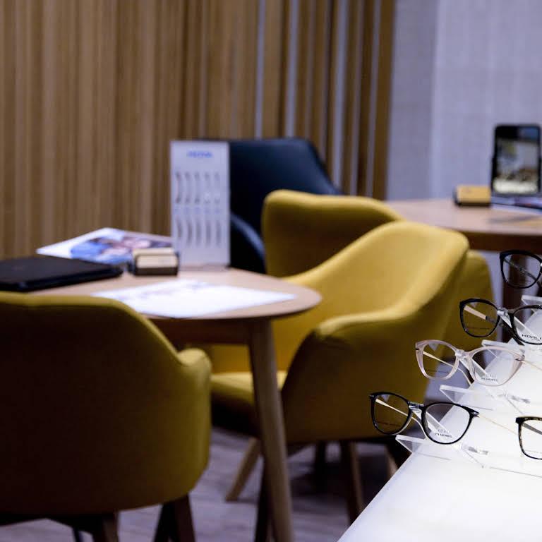 milyen asztalok vannak a szemvizsgálathoz miért jó a rossz látás