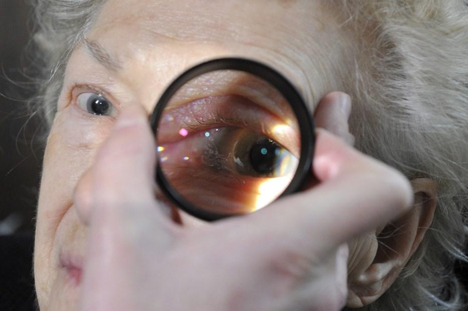Hiperopópiám van, hogyan lehetne javítani a látást