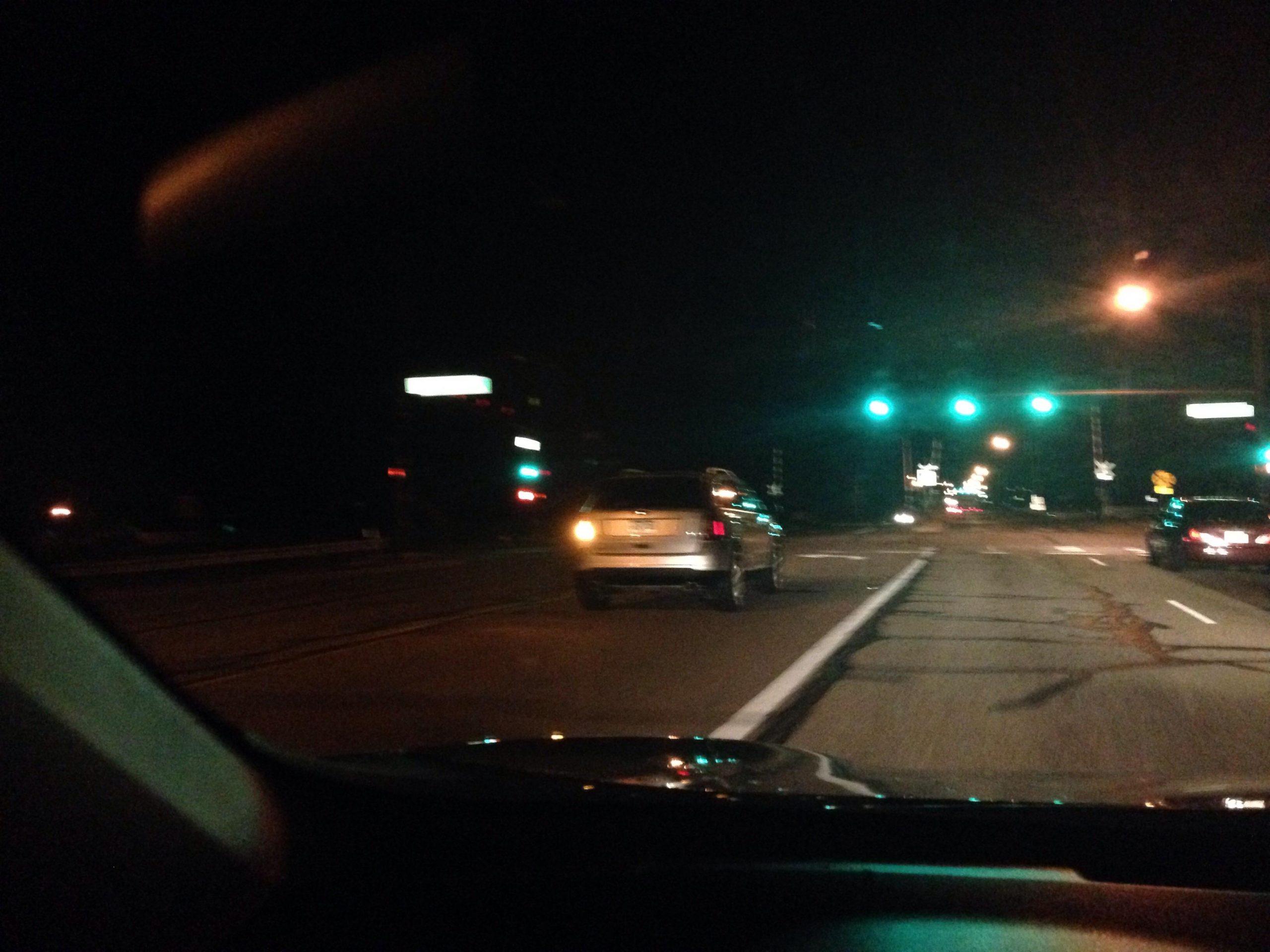Éjszakai vakság - mikor biztonságos a vezetés?