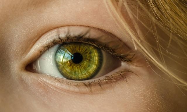 a jobb szem hyperopia
