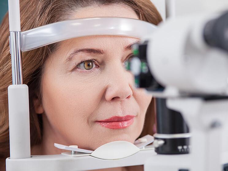 az egyik szem teljes látásvesztése javítja a látást mínusz