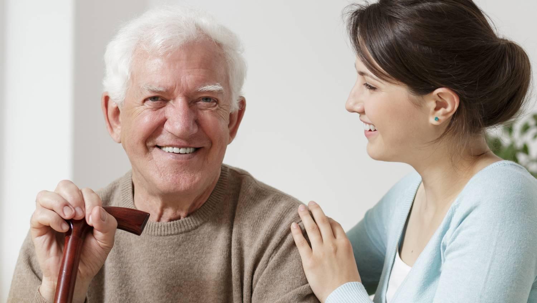 Könnyen javítható az öregkori látás is