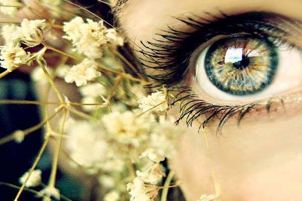 a rövidlátás lazítja a szem izmait hogyan lehet helyreállítani az agy látását