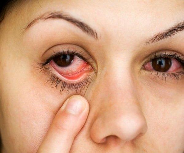 a vérnyomás látásra gyakorolt hatása