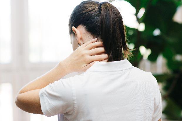 a nyaki sérv hatása a látásra