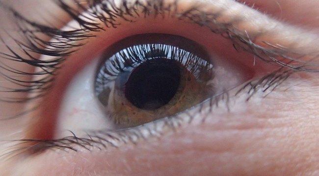 A retina protézis részben visszaadja a látást