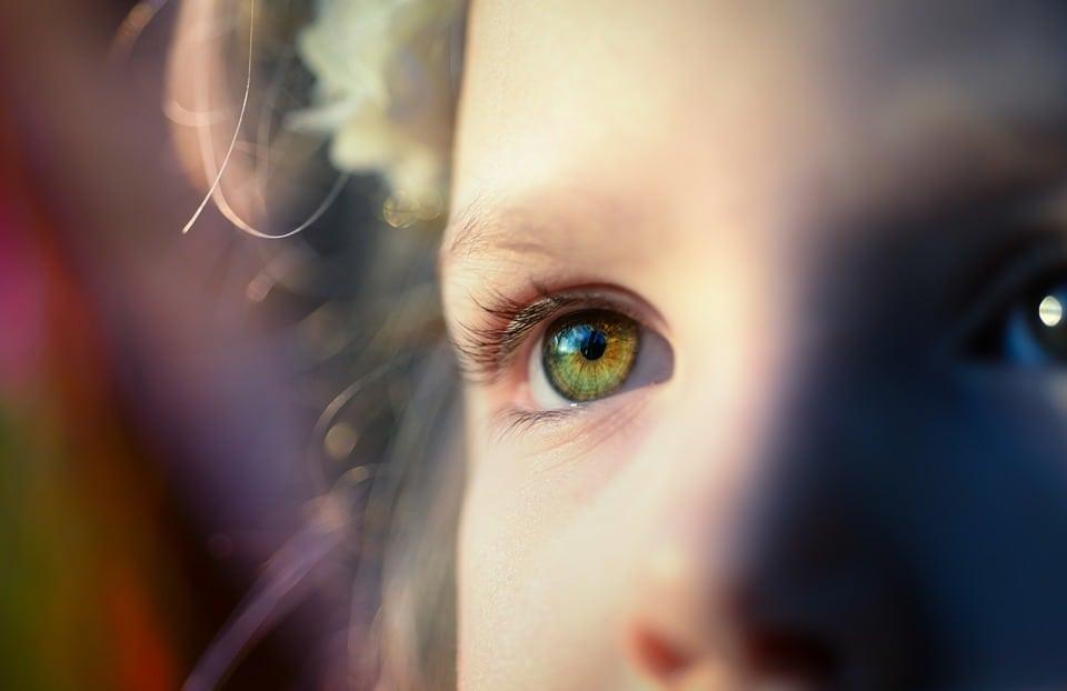 veleszületett rövidlátás hogyan lehet gyógyítani a távollátást