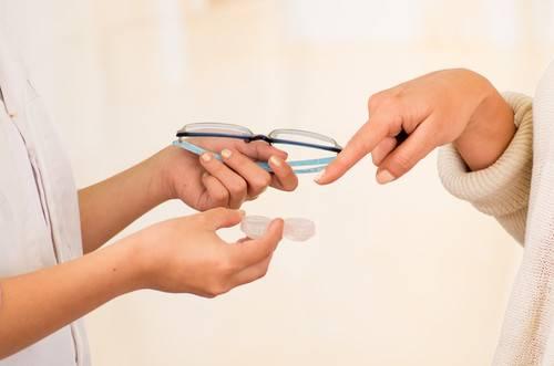 szemcseppek a látásvizsgálatokon szemvizsgálati lista